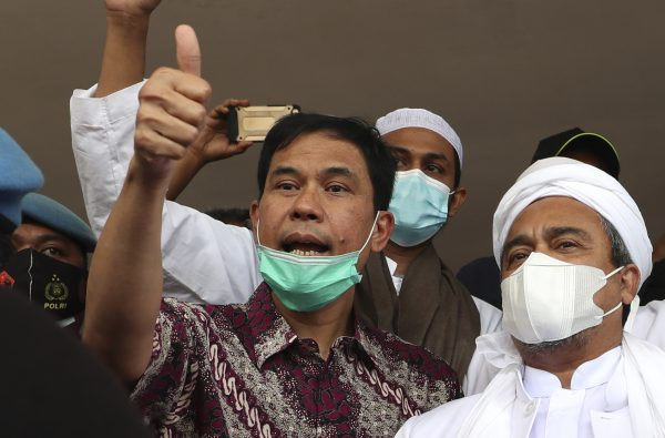 indonesia arrests firebrand clerics lawyer over attacks - Indonesia Arrests Firebrand Cleric's Lawyer Over Attacks