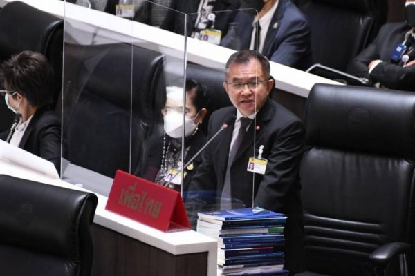 pm denies opposition mps accusation he bribed a group of mps in parliament - PM denies opposition MP's accusation he bribed a group of MPs in Parliament