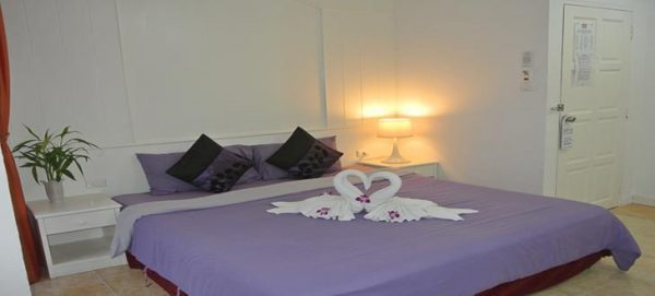 19 bedroom Patong Guest House for lease