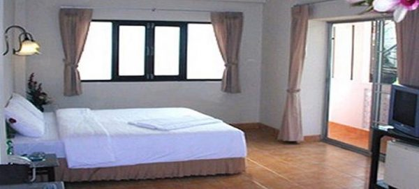 30 bedroom Patong Guest House for rent