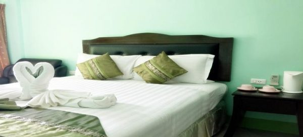 8 bedroom Patong Guest House for lease
