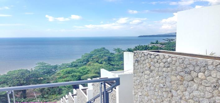 Oceanfront Condo in Kamala for sale. Offering Apartments for sale and re-sale in a secure community on Phuket for expats, retirees and families. - 1