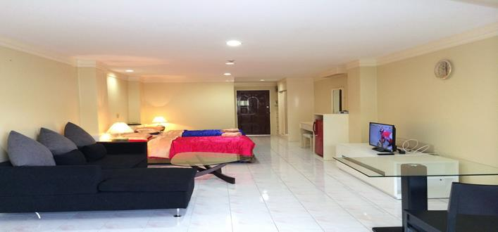 Seaview Condo in patong for sale. Offering Apartments for sale and re-sale in a secure community on Phuket for expats, retirees and families. - 1