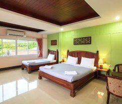 Baan Sutra Guesthouse is locationed at 7 Deebuk Rd.