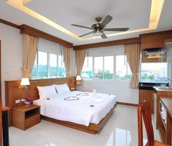 Green Harbor Hotel & Service Apartment is locationed at 168/46-48 Soi Nanairuamjai 8 Phuangmuang