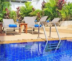 Karon Beach Pool Hotel is locationed at 381 Patak road