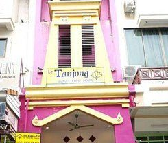 Le Tanjong House is locationed at 143/6