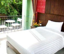 Lub Sbuy House Hotel is locationed at 1 Phang-nga soi 3 T.talad yai A. Muang Phuket in Phuket Town on Phuket in Thailand. Amenities include: Parking