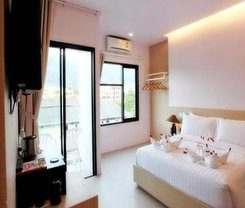 My Hotel Too is locationed at 8 Rat-U-Thit 200 Pee 1 in Patong on the island of Phuket. Amenities include: Wi-Fi