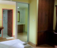 PJ Phuket Town Hotel is locationed at 12/1 Surin road