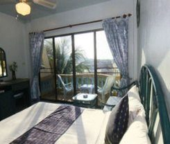 Patong Sunbeach Mansion is locationed at 207/4 Soi 6 Nanai Road