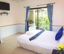 Phuket Airport Overnight Hotel is locationed at 39/8 Moo 6