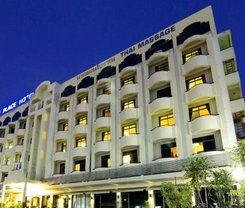 Rome Place Hotel is locationed at 23/8 Soi Hub-Aik