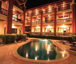 Sun Hill Hotel is locationed at 245/2 Nanai Road