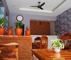 The Lucky Kata Hostel is locationed at 42 Thanon Taina ตำบล กะรน in Kata on Phuket