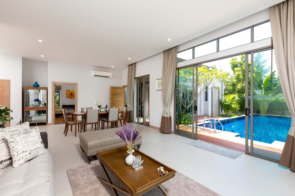 This 3 bedroom / 4 bathroom Villa for sale is located in Cherng Talay on Phuket island