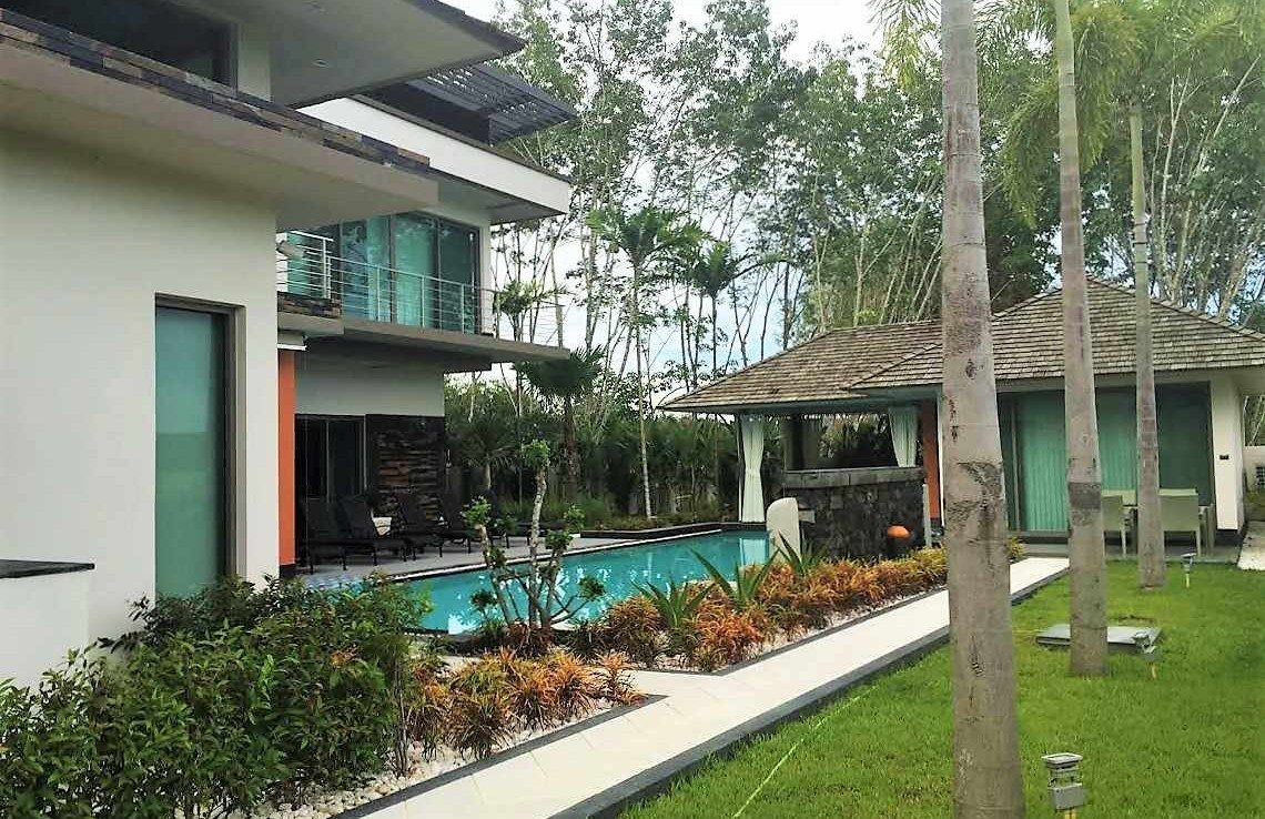 This 4 bedroom / 4 bathroom Villa for sale is located in Cherng Talay on Phuket island