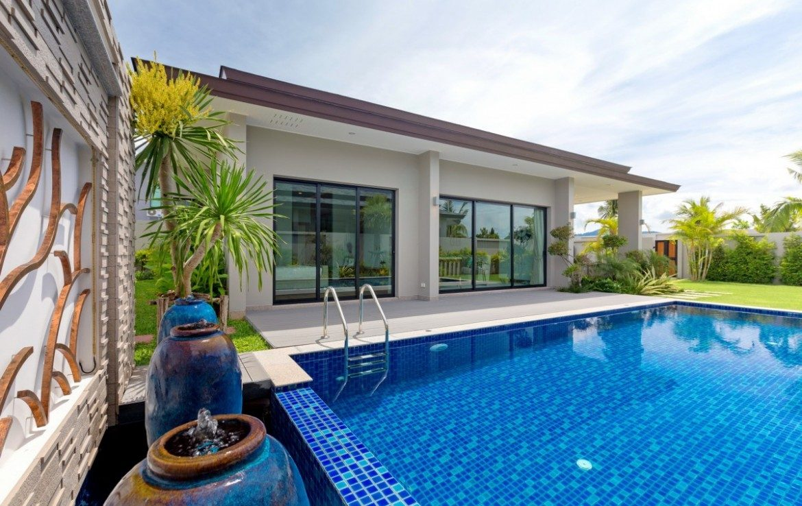 This 3 bedroom / 4 bathroom Villa for sale is located in Laguna on Phuket in Thailand