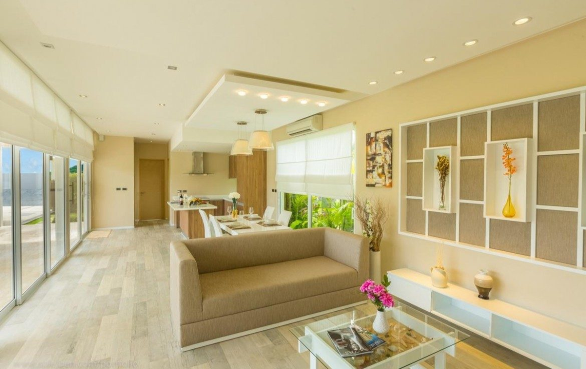 This 3 bedroom / 3 bathroom Villa for sale is located in Nai Harn on Phuket, Thailand